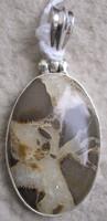 925 ezüst medál szeptária drágakővel