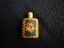 Antik gobelines parfümös üveg