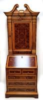 Olasz mester barokk stílusú kabinetszekrénye, szekretere