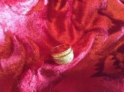 Gyönyörű női aranygyűrű 14 krt , 8.14 gramm