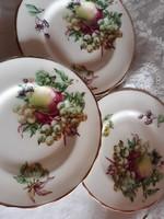 3 db gyönyörű desszertes tányér