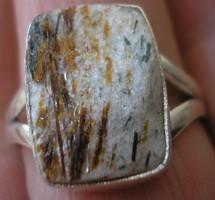 925 ezüst gyűrű 18,9/59,3 mm asztrofillit röggel