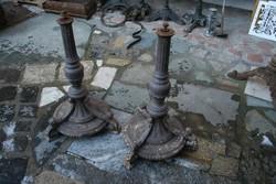 Antik öntötvas asztallábak - párban
