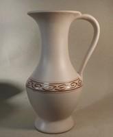 Iparművészeti váza szolíd ,elegáns forma