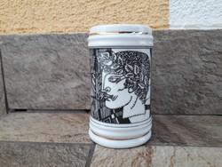Szász Endre hollóházi porcelán bögre