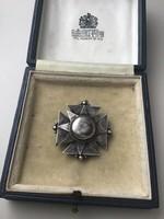 Antik ezüst kitűző