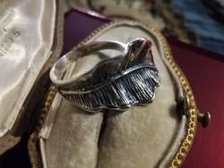 Ezüst egyedi leveles gyűrű