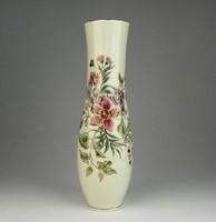 0U862 Zsolnay vajszínű virágos díszváza 25.5 cm