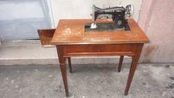 Német Singer varrógép , gyakorlatilag akár asztal