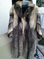 Csinos gyapjú női szövet kabát márkás spanyol - Gardrób  369a75bd35
