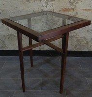 Art deco / bauhaus asztal üveglappal