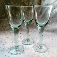 Halványzöld talpas likőrös poharak 3db