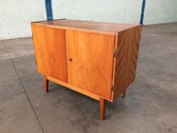 Retro régi komód kétajtós szekrény 60-as évek