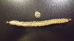 Zöld és arany színű fűzött gyöngy karkötő és medál 105