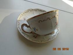 Újszerű Barokkos Zsolnay,aranytollazott dombormintákkal,apró virágos kávés csésze alátéttel