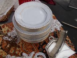 Nagyon szép zsolnay tányérok 3 x 6 darab