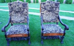 Faragott fotelok párban