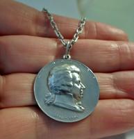Szépséges antik ezüst Mozart medál ezüstláncon