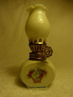 Kínai porcelán petróleum lámpa