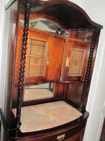Régi  szecessziós  szekrény