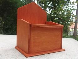 Új Fali sótartó-tároló doboz fa 2 színben