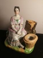 Antik porcelán figura, N.G.F. jelzéssel