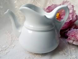 Régi vastag fehér porcelán kiöntő