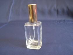Újratölthető parfümös üveg