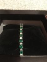 18k Fehér Arany Smaragd Gyémánt Karkötő