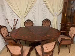Neobarokk étkező asztal 6 db mályva színű székkel