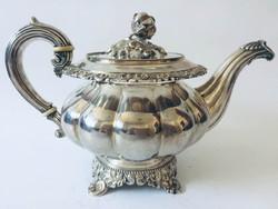 Antik , 180-éves ezüst teás kanna