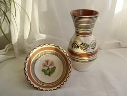 Népi kerámia váza, tányér
