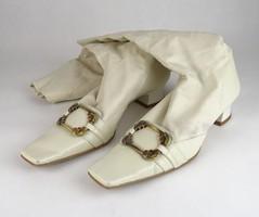 0V546 Fehér olasz bőr női csizma 38-as