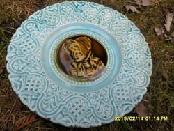 Antik majolika tányér női portré jelenettel
