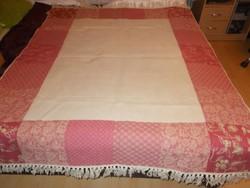 Laura Aseley csodálatos kézi készítésű Indiai szőnyeg vagy ágytakaró!