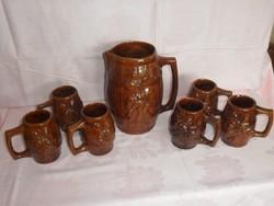 Különleges, domború mintával díszített kerámia boros készlet, kancsó 6 pohárral