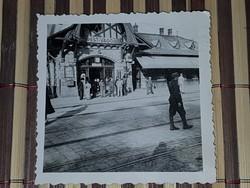 Ww2 2Vh Budapest-Vágóhíd, katonával, Nagyon ritka kép! 6x6 cm