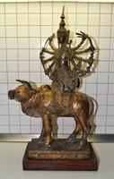 Csodálatos keleti Siva szobor.