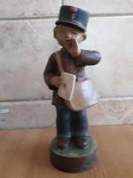 Gondos József Postás fiú kerámia