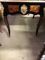 Boulle íróasztal (ajándék karosszékkel)