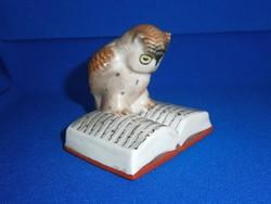 Drasche porcelán: könyvön ülő olvasó tudós bagoly