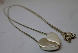 Art deco kettéválasztható ezüst szív medál ezüstnyakláncon
