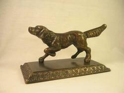 Labrador bronz szobor