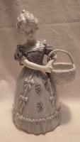 Régi számozott hibátlan Német porcelán szépség szobor
