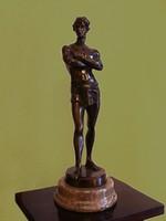 41cm Antik Bronz Szobor Agaladas Ókori Atléta Sportoló Olimpikon Ágyékkötős Férfi Fiú Jelzett
