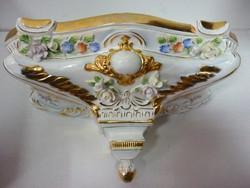 Neundorf porcelán falidisz tartó