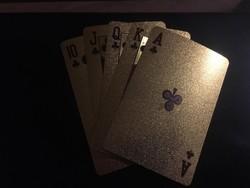 24 karátos arannyal bevont póker kártya díszdobozban (eredetiséget igazoló dokumentummal)