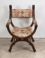 Savonarola típusú ollós szék