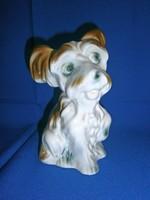 Nagyon aranyos, jelzett porcelán kutya 18 cm magas