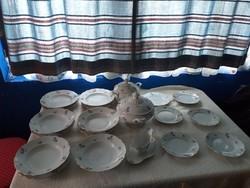22 db porcelán étkészlet
